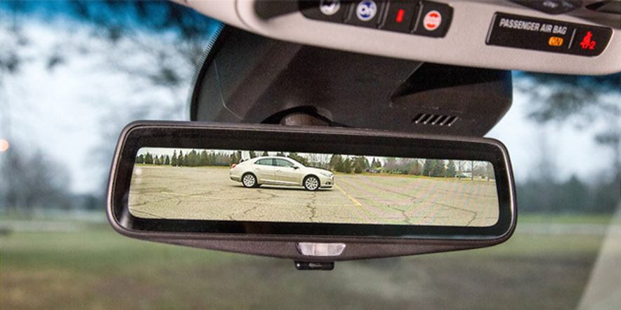 cadillac streaming earview mirror