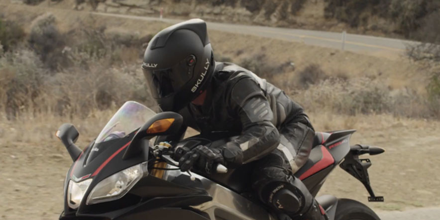 The AR Skully Motorcycle Helmet Saves Bikers from Crashes