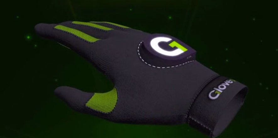 New Green and Black Gloves Add Touch to Virtual Reality